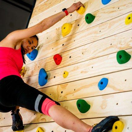 Brewer Fitness Treadwall S6, rotating climbing wall